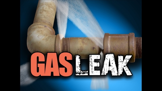 East Texas airport shuts down after gas blowout