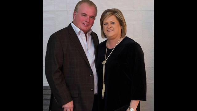 Mayor of Center says couple killed in helicopter crash 'never stopped giving'.