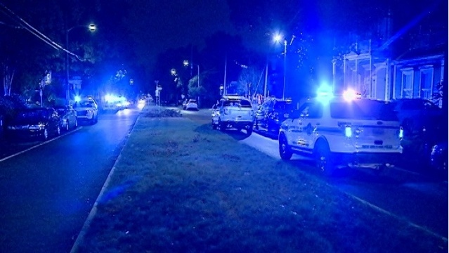 NOPD: Officer shot in leg; Suspects on the run