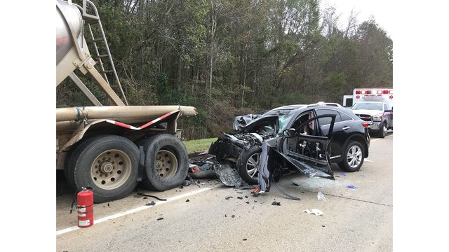 DeSoto woman airlifted to Shreveport hospital after car crash