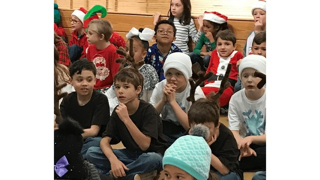 Christmas Extravaganza takes over Legacy Elementary