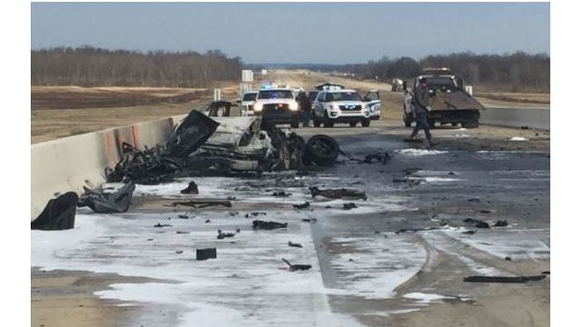 Two die in early morning crash on I-49